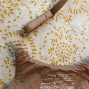 Victoria's Secret Intimates & Sleepwear - Victoria's Secret bombshell plunge bra